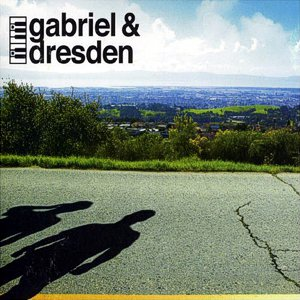 Gabriel & Dresden – Dust in the wind